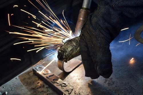 metallurgy-2104646_640